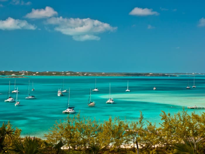 Sailing holidays in Bahamas