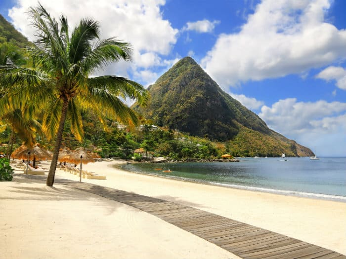 Sailing holidays in St Lucia
